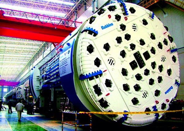 高端装备制造之变,中部双核崛起;武重与行业排